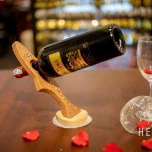 Giá Để Rượu Vang Nghệ Thuật Hình Cá Hồi