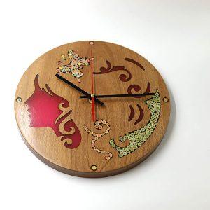 đồng hồ treo tường trang trí nàng thơ Erato